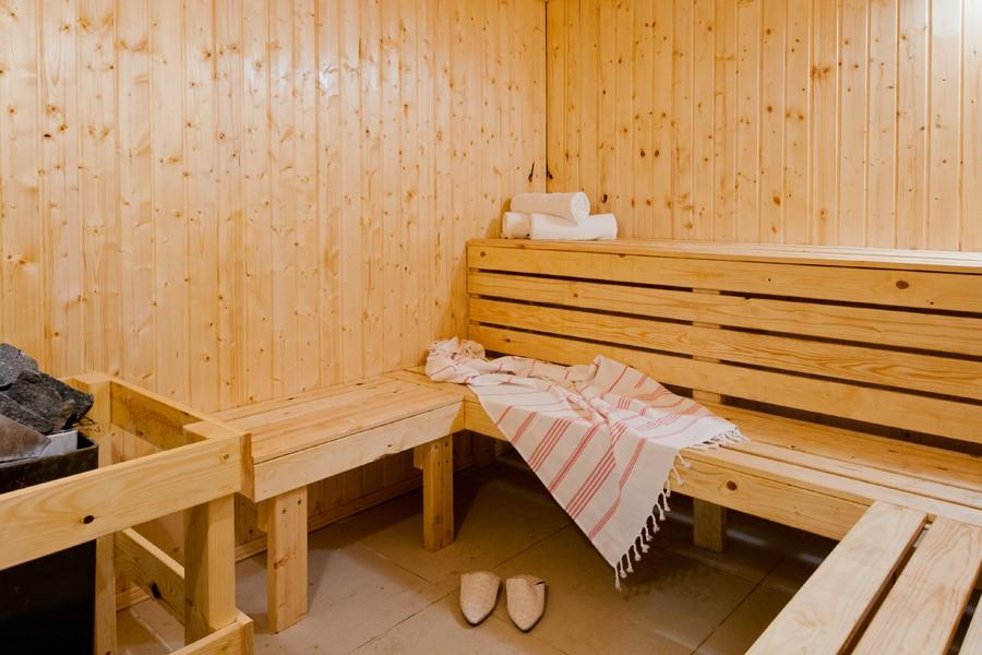 herods-dead-sea-spa-sauna