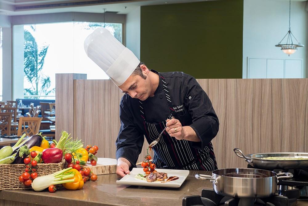 leonardo-privillege-dead-sea-chef-1